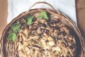 It's really amazing apple pie!