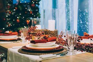 Christmas red place setting table