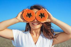 Women with papaya