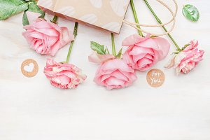 Pink pale roses bunch for you