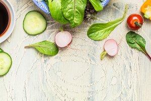 Green country salad dish