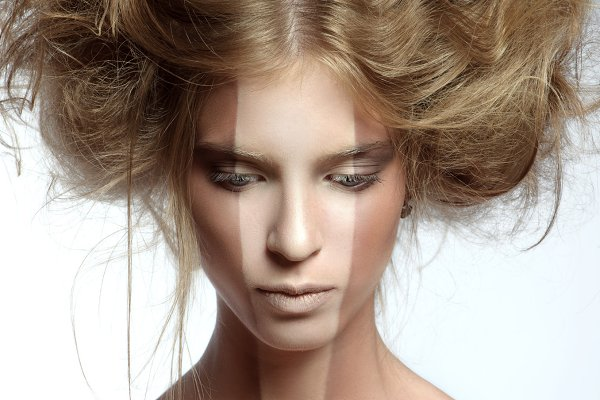 Woman with perfect makeup and hairs…