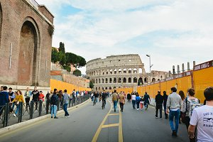 Road to the Colosseum