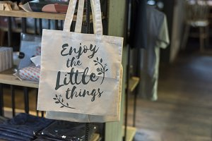 Tote bag with the phrase