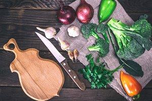 raw broccoli, onion, garlic