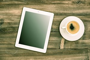 Tablet pc and coffee