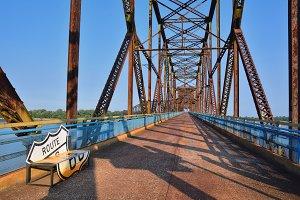 Old Chain of Rocks bridge