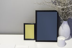 Picture frames mockup (PSD)
