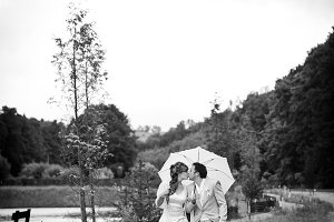 Black and white photo wedding couple