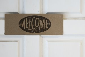 Welcome board mockup (PSD)