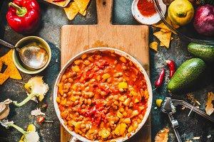 Chili con carne dish, cooking