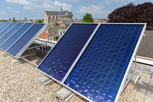 Solar pannels on a roof in Leiden