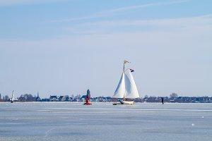 Ice sailing on the Braassem.