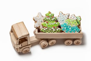 Toy truck with Christmas gingerbread