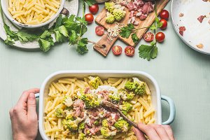 Pasta casserole with romanesco