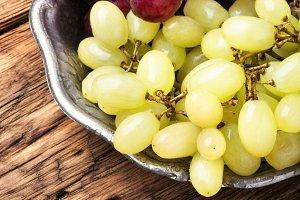 Ripe autumn grapes