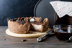 Chocolate cheesecake and coffee