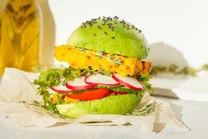 Vegan avocado lentils burger