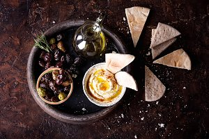 Hummus with Pita and Olives