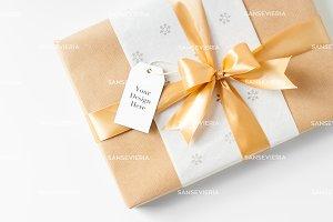 Gift Tag mock up - Christmas