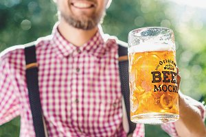 Beer Glass Mock-up #39