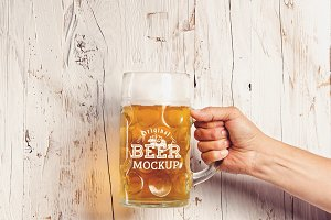 Beer Glass Mock-up #36