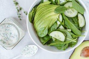 Yogurt dressing and green salad