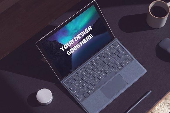 Microsoft Laptop Mock-up #25