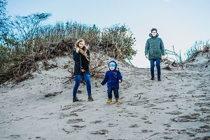 young family, Baltic sea