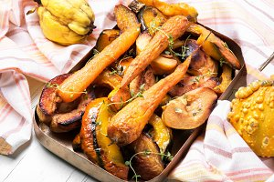 Baked pumpkin with carrots and quinc