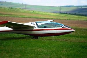 Trailed glider on the ground.