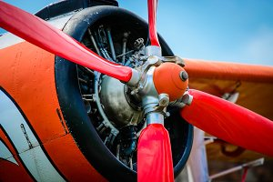 Stopped airplane propeller