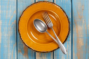 Brown empty plate