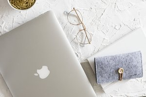 Gold and silver fashion desktop I
