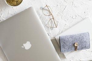 Gold and silver fashion desktop I