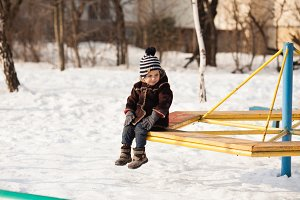 Kid on winter walk