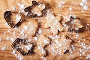 Gingerbread and cookie cutters