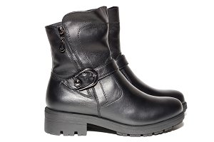 Female autumn leather boots