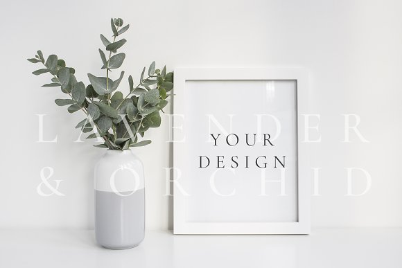 Download 8x10 frame with eucalyptus
