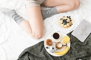 Breakfast in cozy bed II