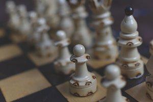 Chess 5 ( + FREE BONUS )