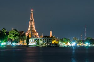 Wat Arun during the Twilight