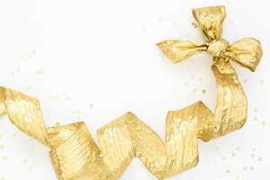 Decorative golden bow