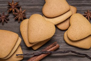 Gingerbread cookies with spices.