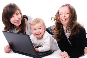 Children with laptop