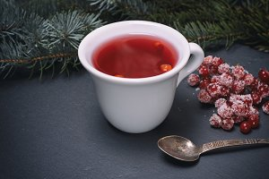 tea from fresh red viburnum