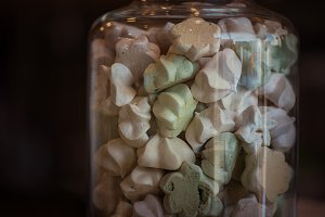 Marshmallows in glass jar