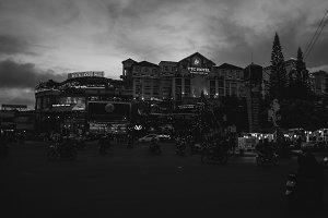 Street Dalat on night
