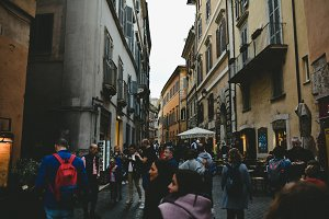 The atmosphere of the Italian street