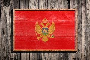 Wooden Montenegro flag